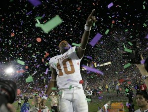 Vince Young in happier times. His rapid rise and sudden fall constitute a cautionary tale. But behind it all there is good news about economic opportunity and upward mobility. [Credit: Dallas Morning News]